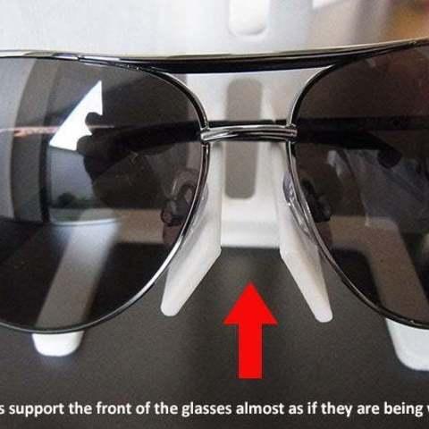 d00bc2694c7fa5a2950c1aaa01e26223_display_large.jpg Télécharger fichier STL gratuit Support universel pour lunettes • Design pour impression 3D, Muzz64