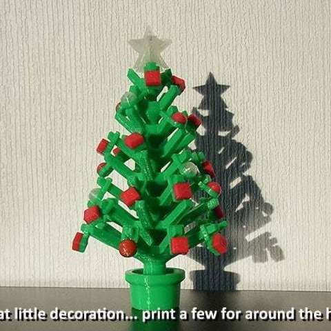 Download free 3D printer designs Mini Christmas Tree with hook on Decorations!, Muzz64