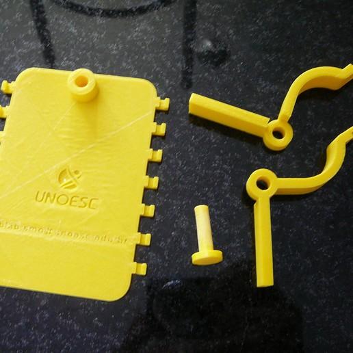 P1080931.JPG Download free STL file Microscope cell support - Suporte de celular para microscópio • 3D printer template, fabiomingori