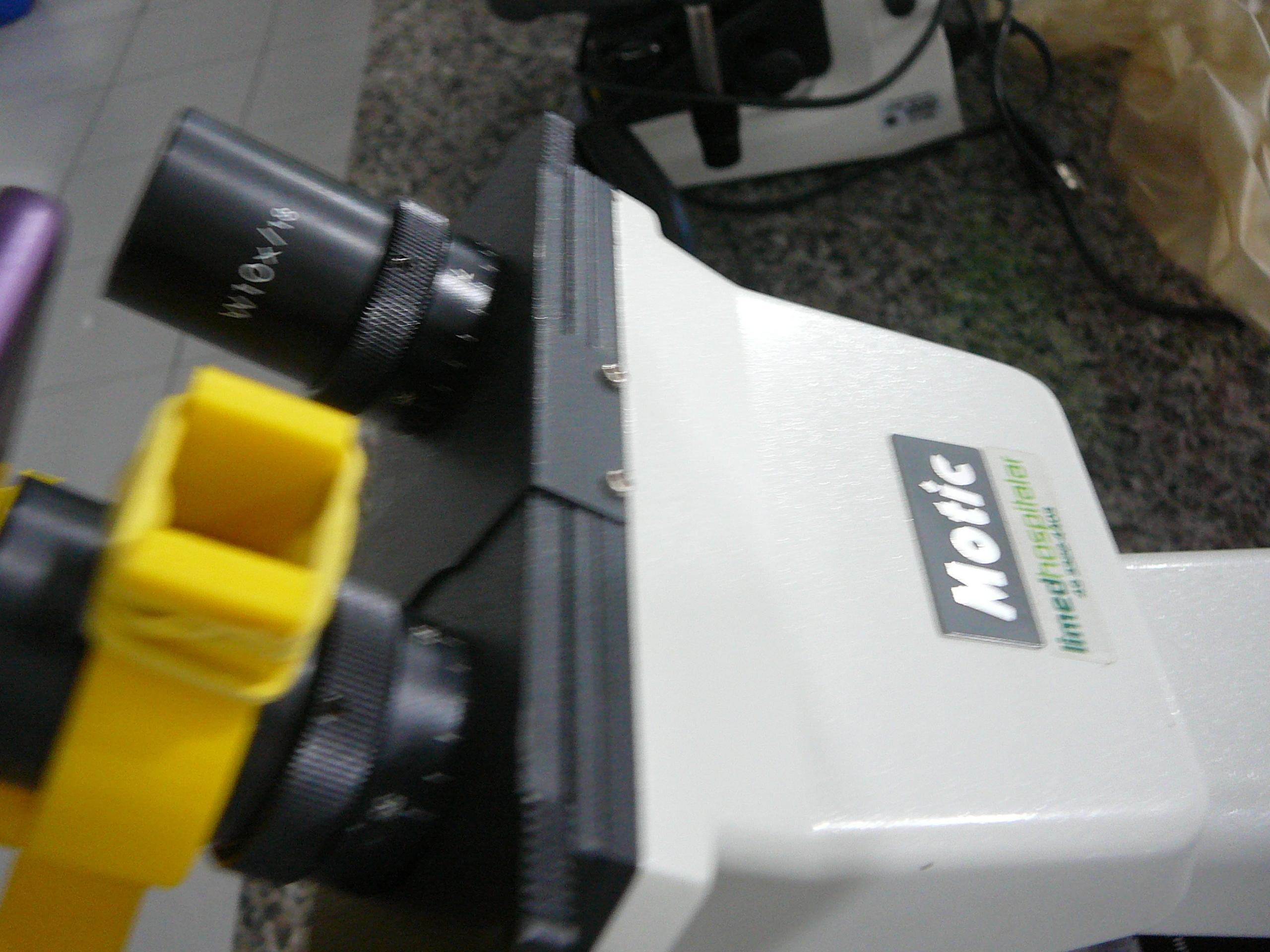 P1080938.JPG Download free STL file Microscope cell support - Suporte de celular para microscópio • 3D printer template, fabiomingori
