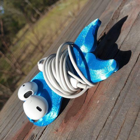 Free 3D printer designs Whale Tail Earphone Wrap, Renee_Taylor