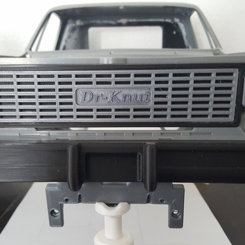RC4WD Chevy Blazer Front Grill Logo
