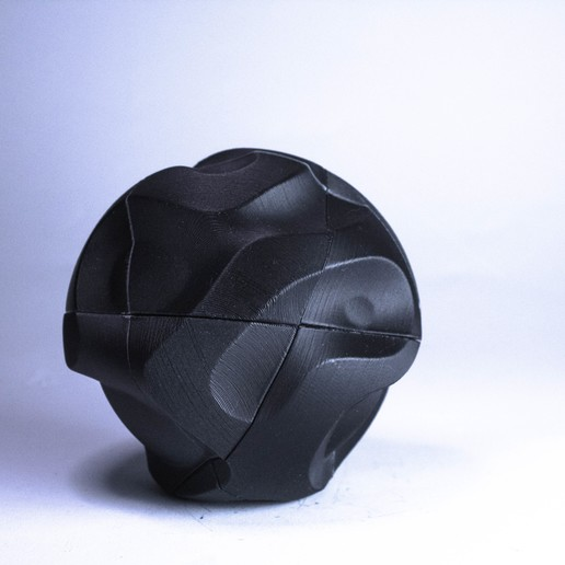 cryptorb_01_fotok2_-10.jpg Download STL file 𝗖𝗥𝗬𝗣𝗧⬢𝗥𝗕_02 • 3D print model, polygonface