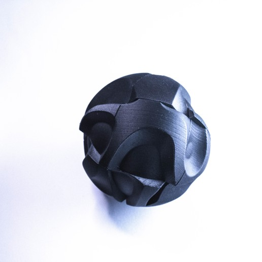 cryptorb_01_fotok2_-26.jpg Download STL file 𝗖𝗥𝗬𝗣𝗧⬢𝗥𝗕_02 • 3D print model, polygonface