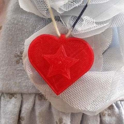 Télécharger modèle 3D gratuit Pendentif Coeur avec étoile, Lurgmog