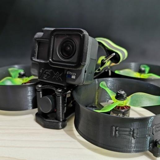 Download 3D printer files GoPro Hero 5/6/7 drone mount 10 degree angle, mat_osm
