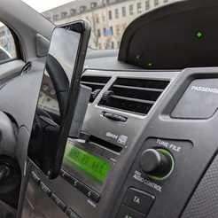 IMG-20200116-WA0001.jpg Télécharger fichier STL gratuit Support pour téléphone de voiture pour emplacement CD (nécessite un support pour téléphone de télescope) • Plan à imprimer en 3D, joschkriebler
