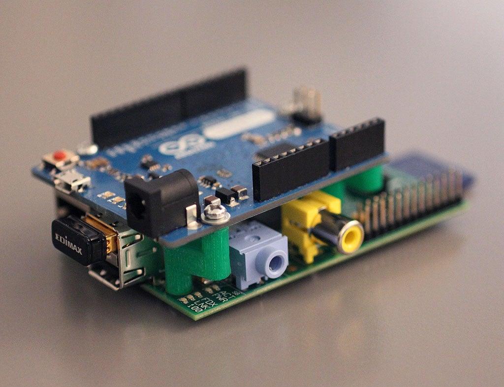 2_display_large.jpg Download free STL file Arduino to Raspberry Pi Mount V1.0 • 3D printable design, Obenottr3D