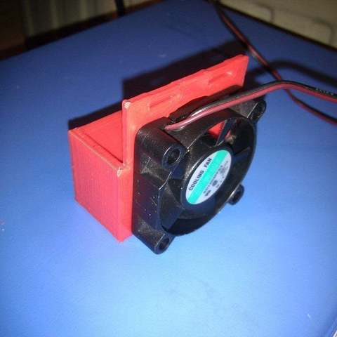 2012-04-05_21.27.10_display_large_display_large.jpg Download free STL file Hot-end fan mount with dual air flow • 3D printer model, Aralala