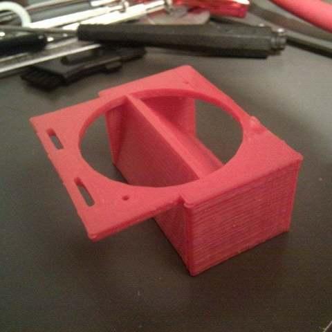 2012-04-05_21.17.35_display_large_display_large.jpg Download free STL file Hot-end fan mount with dual air flow • 3D printer model, Aralala