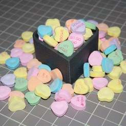 Télécharger objet 3D gratuit Boîte en forme de coeur avec couvercle, Aralala
