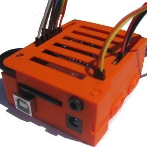 Télécharger STL gratuit badBrick - Etui pour Arduino UNO et Adafruit WAV Shield., Lassaalk