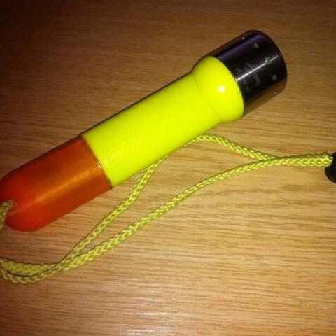 Télécharger objet 3D gratuit Torche de remplacement à LED pour torche à lentille demi-corps, Lassaalk