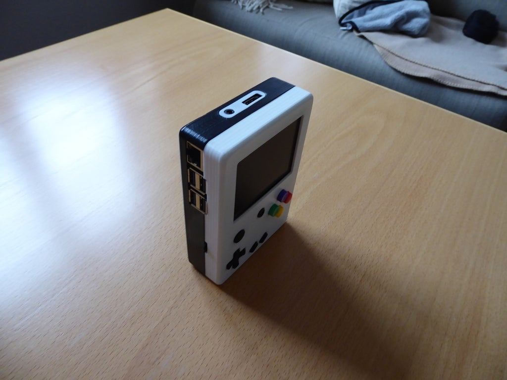 P1010992_display_large.JPG Download free STL file Portable Raspberry Pi game console • 3D printing object, Lassaalk