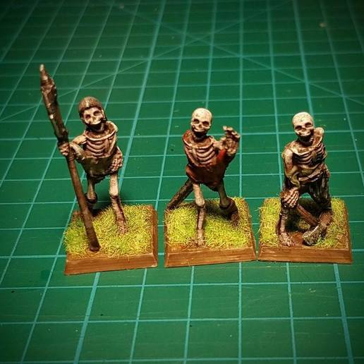 Download free 3D printing templates Skeletons! 28mm, no supports., briteminis