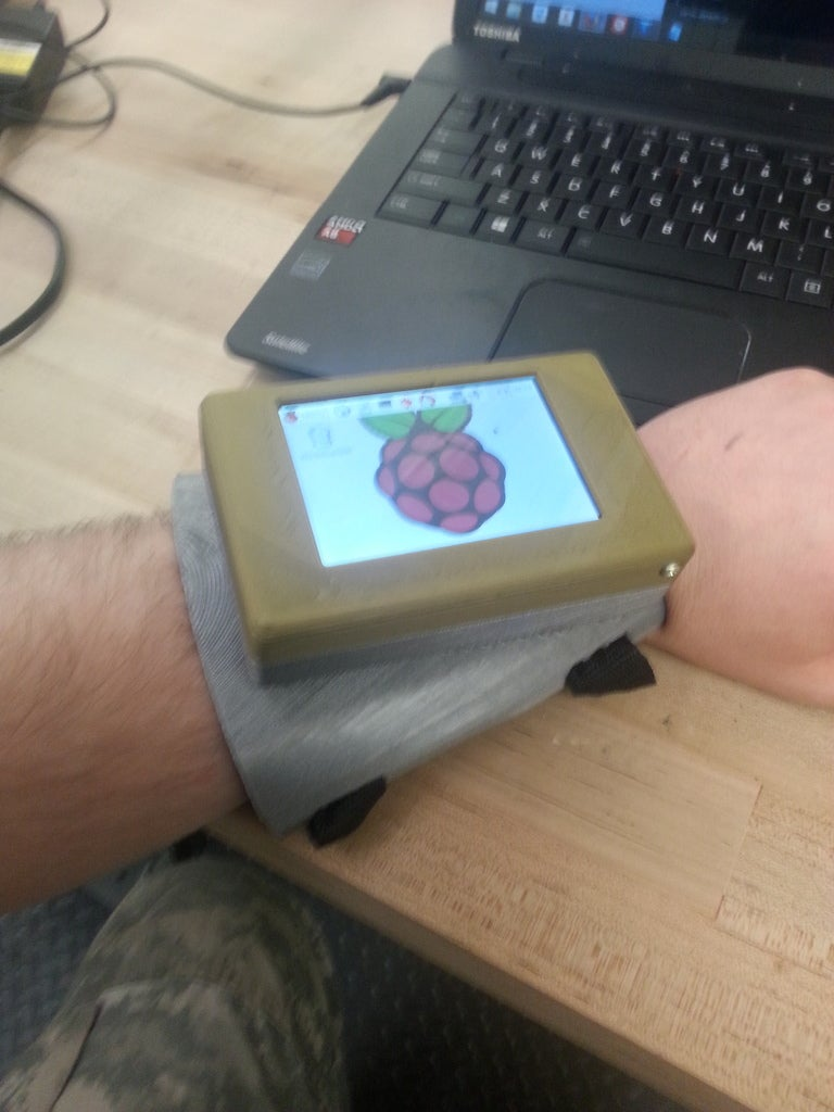 188c1af1bf3ccf477836b1d54c3db714_display_large.jpg Download free STL file Wrist mounted Touch Pi: Portable Raspberry Pi A+ • 3D print object, LarryBerstilta