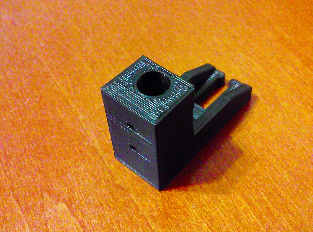 Trash_Can_Lift_Part_display_large.jpg Télécharger fichier STL gratuit Ouverture pas à pas de la partie relevable de la poubelle • Design à imprimer en 3D, LarryBerstilta