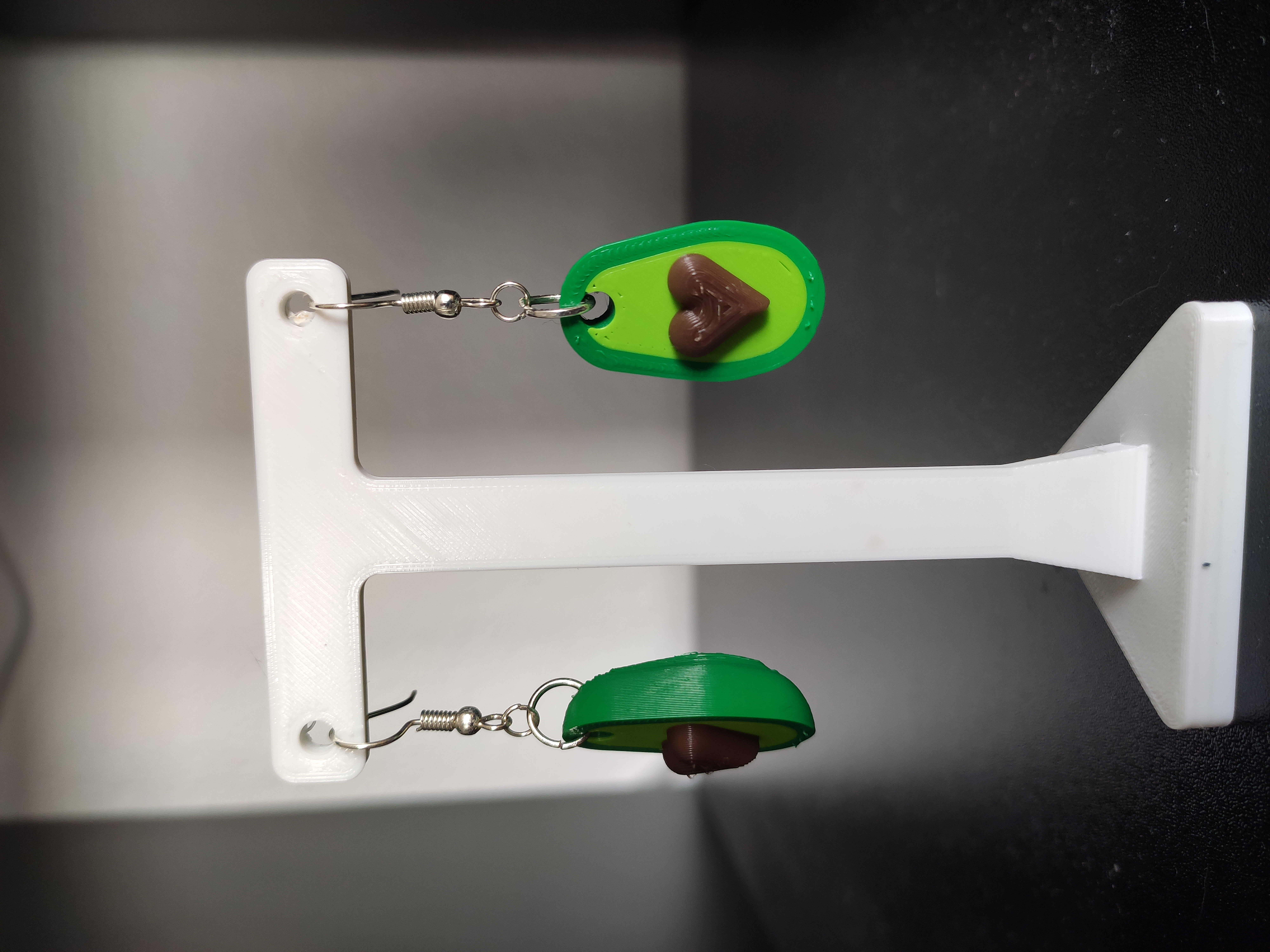 IMG_20191012_164032.jpg Download free STL file avocado earring • Design to 3D print, chassotce