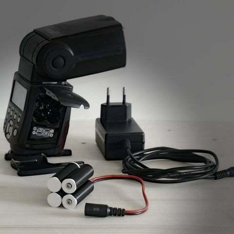Télécharger fichier STL gratuit Yongnuo YN 560 IV Accessoires • Design pour impression 3D, whoopsie