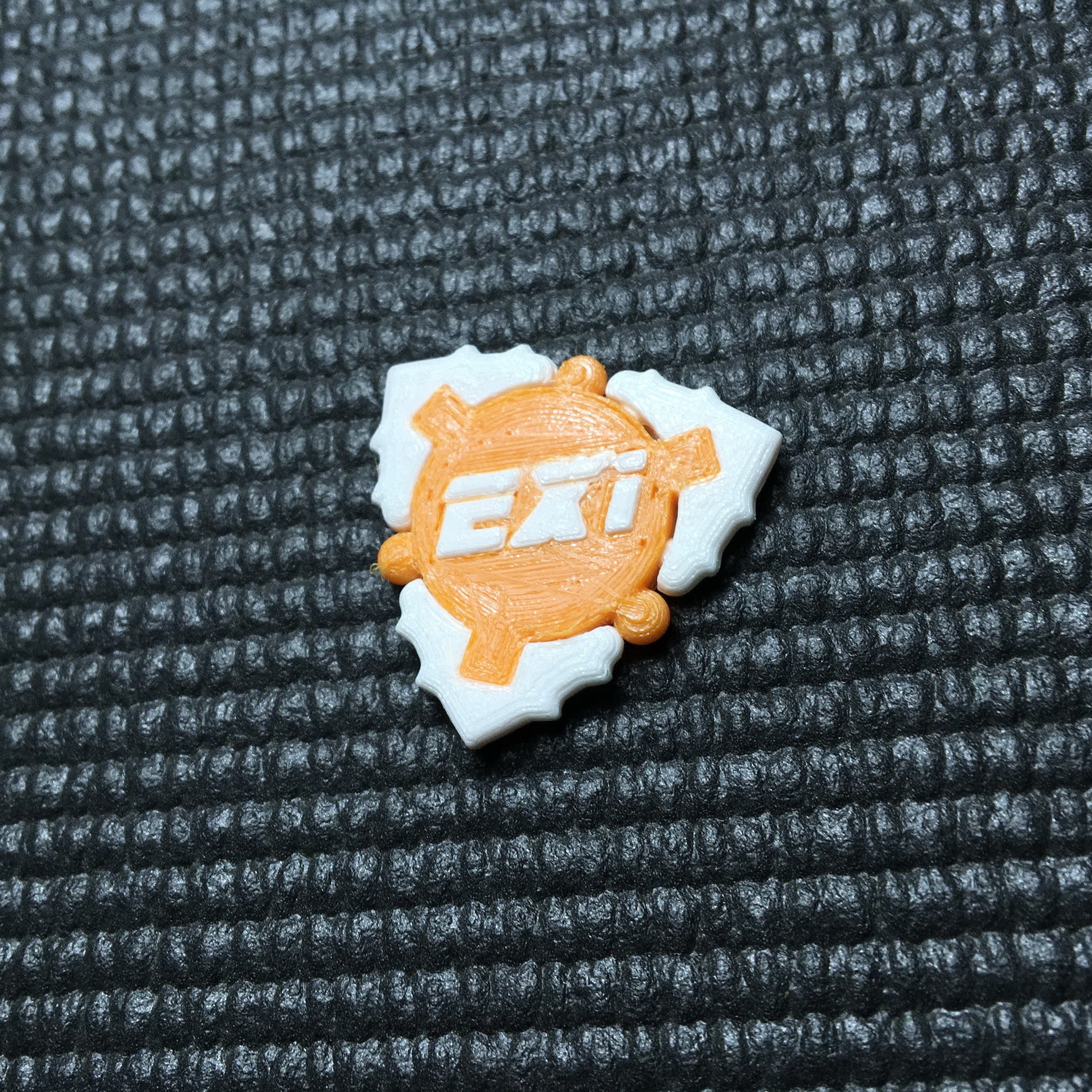 IMG_1553.jpg Download free 3MF file TRANSFORMER DAMP FLEXIPICK Guitar pick by eXiMienTa • Template to 3D print, carleslluisar