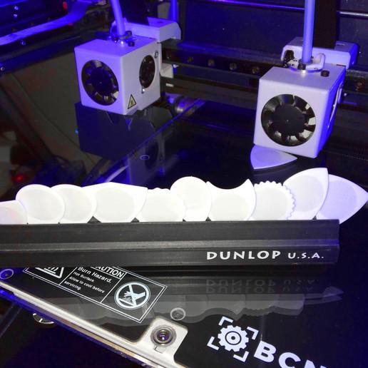 puas nido 25032020.JPG Télécharger fichier STL gratuit SIMIR-g & SIMIR-p Puas Nido - Fabriqué avec PLA et TPU BCN3D sigma R19 - Bâton de guitare 3D • Modèle pour impression 3D, carleslluisar
