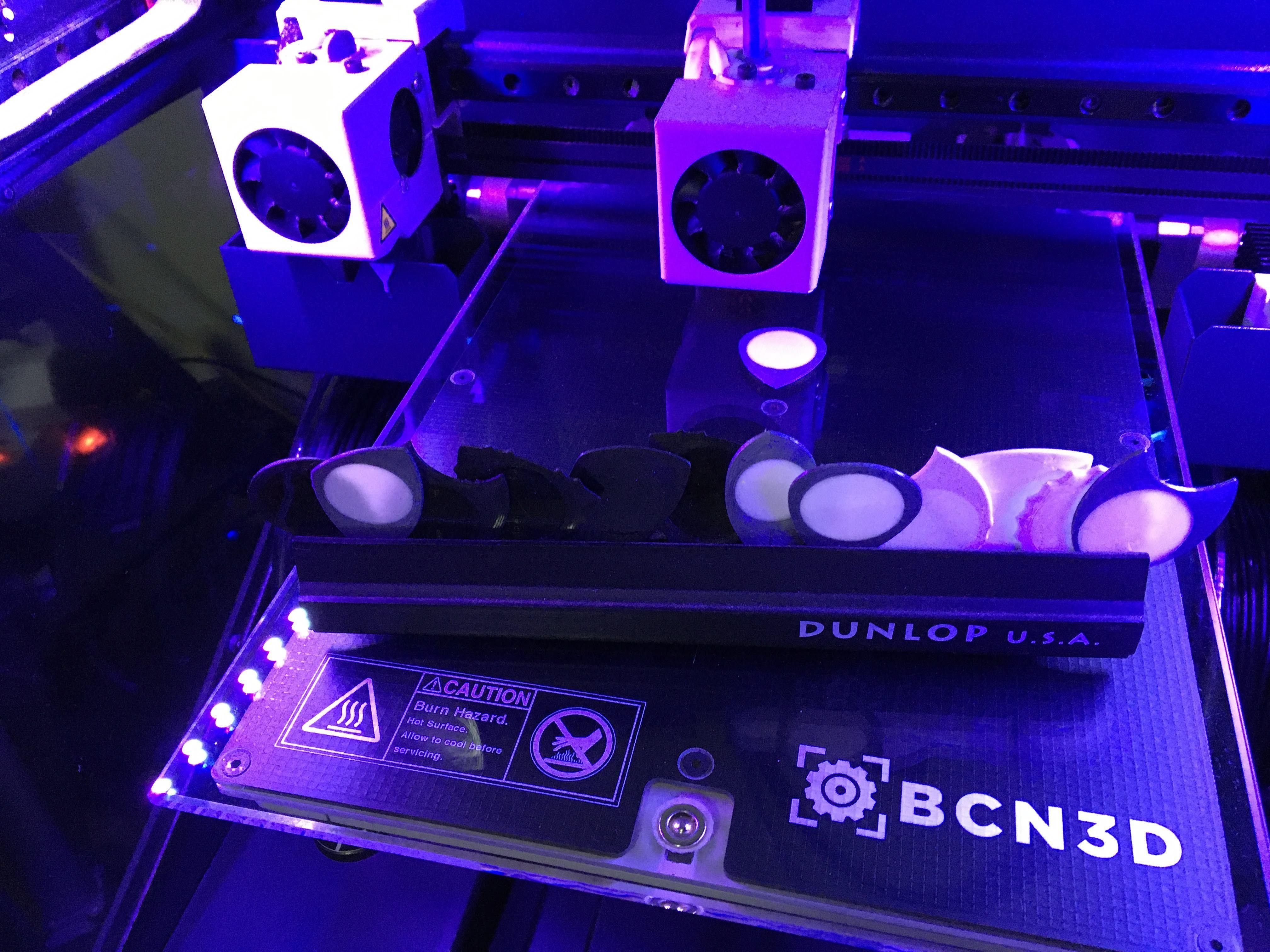BCN3D Sigma R19 Puas Nido by eXiMienTa.JPG Download free STL file UNU-DENT 3D Guitar Tine 2 Materials PLA / TPU Serrated Tines • Design to 3D print, carleslluisar