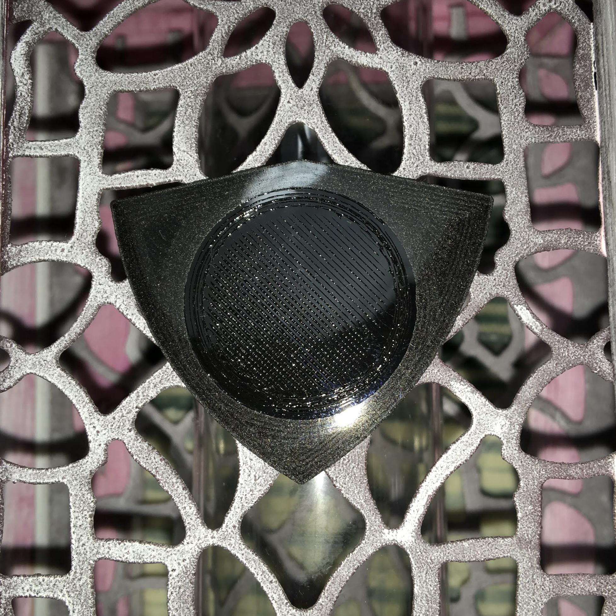 Simir 230819 fibra de carbono.JPG Download free STL file SIMIR Pua Nido Carbon Fibre and TPU Black (Nest Pick Guitar) by eXiMienTa • 3D printing design, carleslluisar