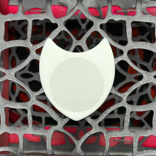 Télécharger modèle 3D gratuit DUA R10 28X31 - Plectre de nid de guitare électrique PLA & TPU Blanc, carleslluisar