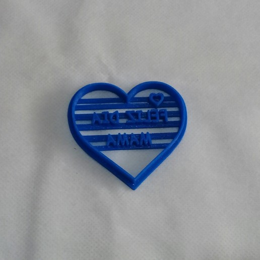 20191017_141034.jpg Télécharger fichier STL gratuit Joyeuse Fête des Mères Coeur Coeur Cuisinière à Biscuits • Plan pour imprimante 3D, NicoDLC
