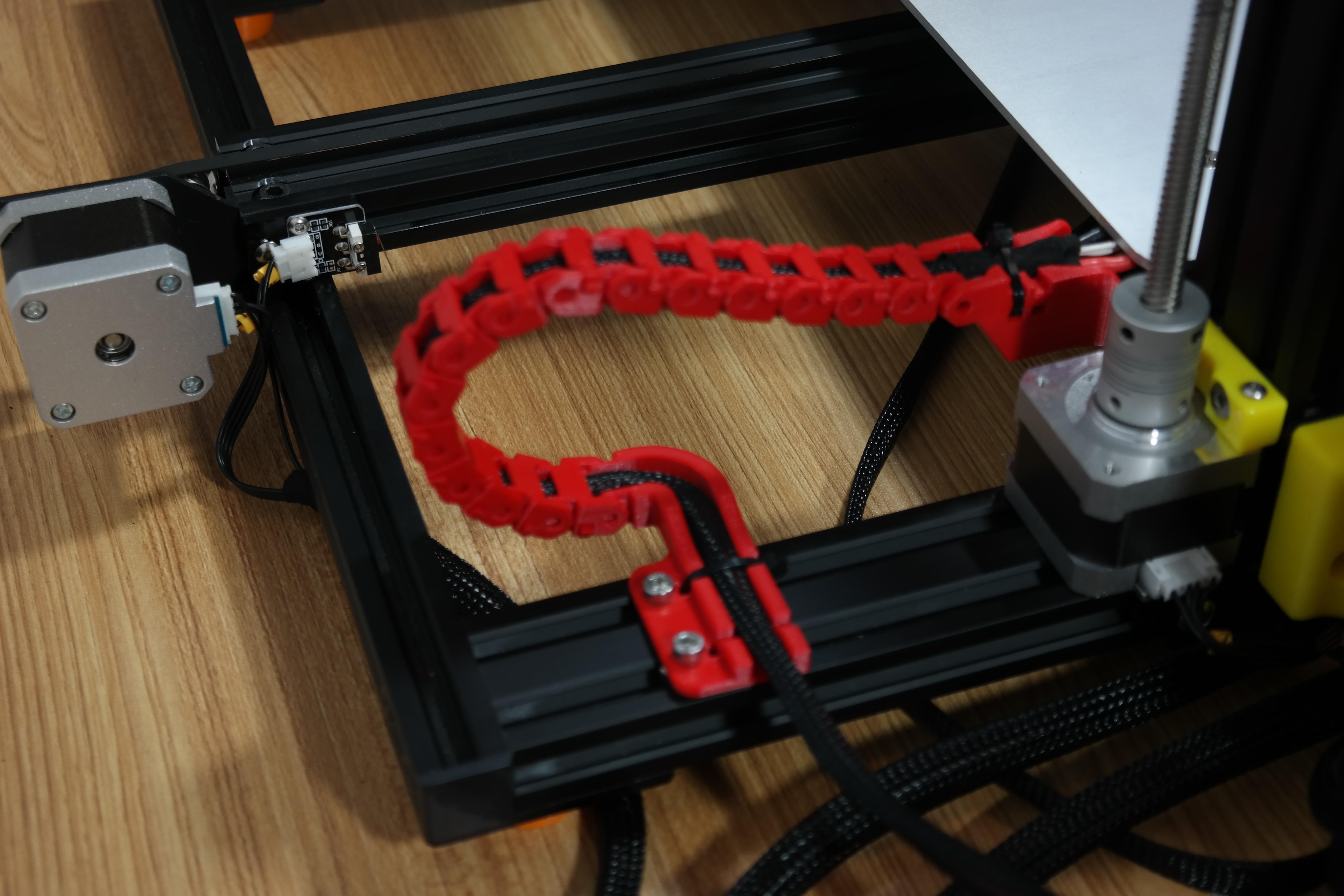 SAM_3574.JPG Télécharger fichier STL gratuit Creality CR-10S Chaîne d'entraînement de câble de l'axe Y et décharge de traction • Design à imprimer en 3D, ZepTo
