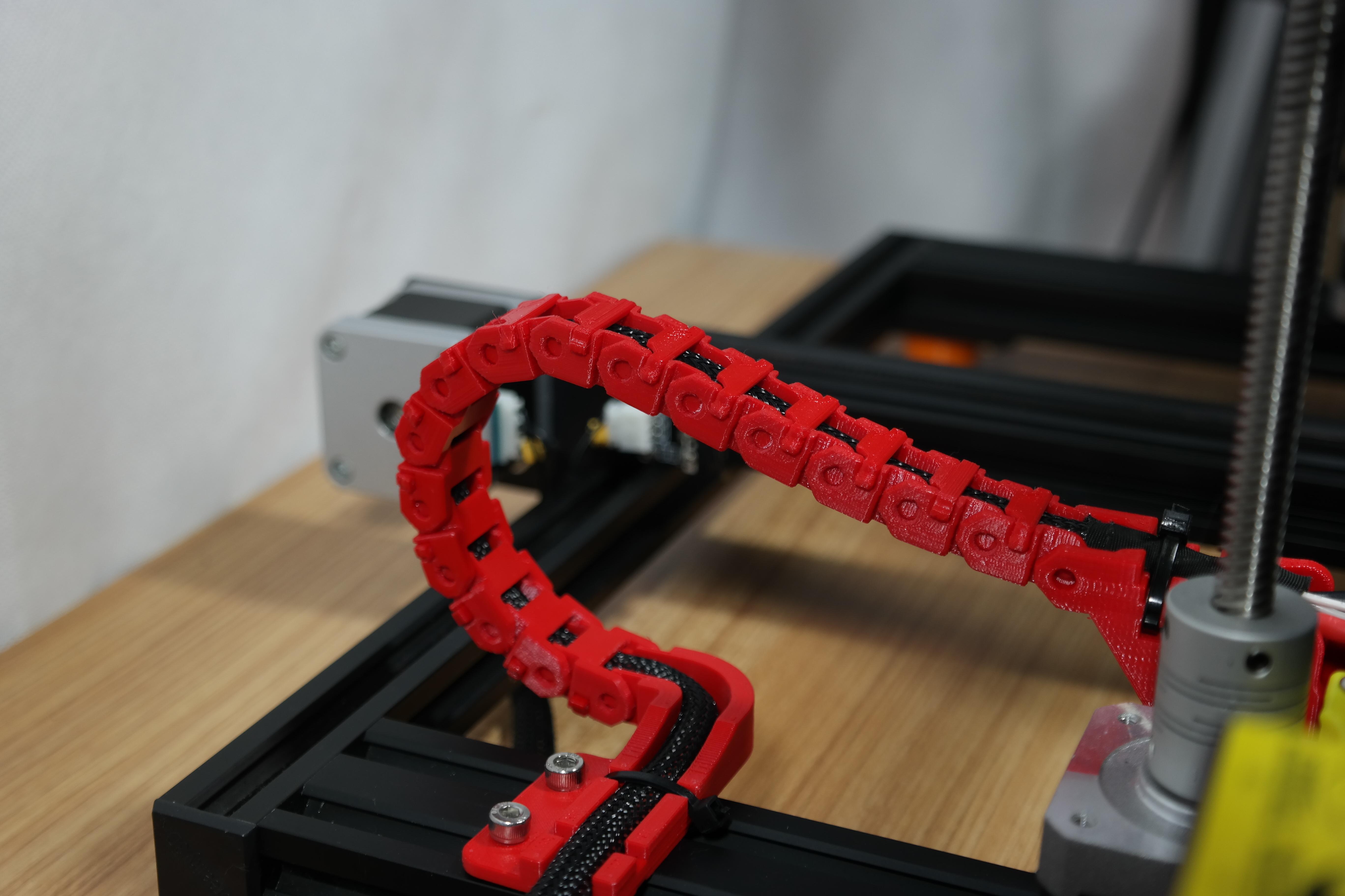 SAM_3573.JPG Télécharger fichier STL gratuit Creality CR-10S Chaîne d'entraînement de câble de l'axe Y et décharge de traction • Design à imprimer en 3D, ZepTo