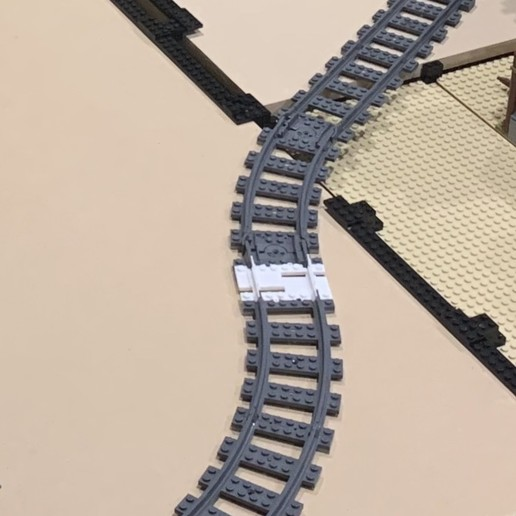 Download free 3D printer designs Telescoping LEGO Track, Zues