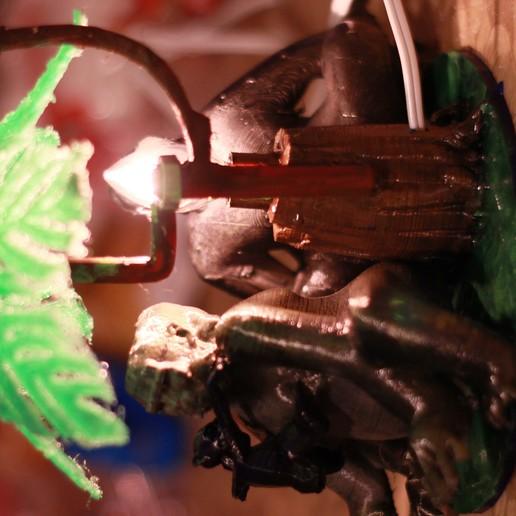 IMG_4062.JPG Download OBJ file Gorilla lamp • 3D printing template, swivaller