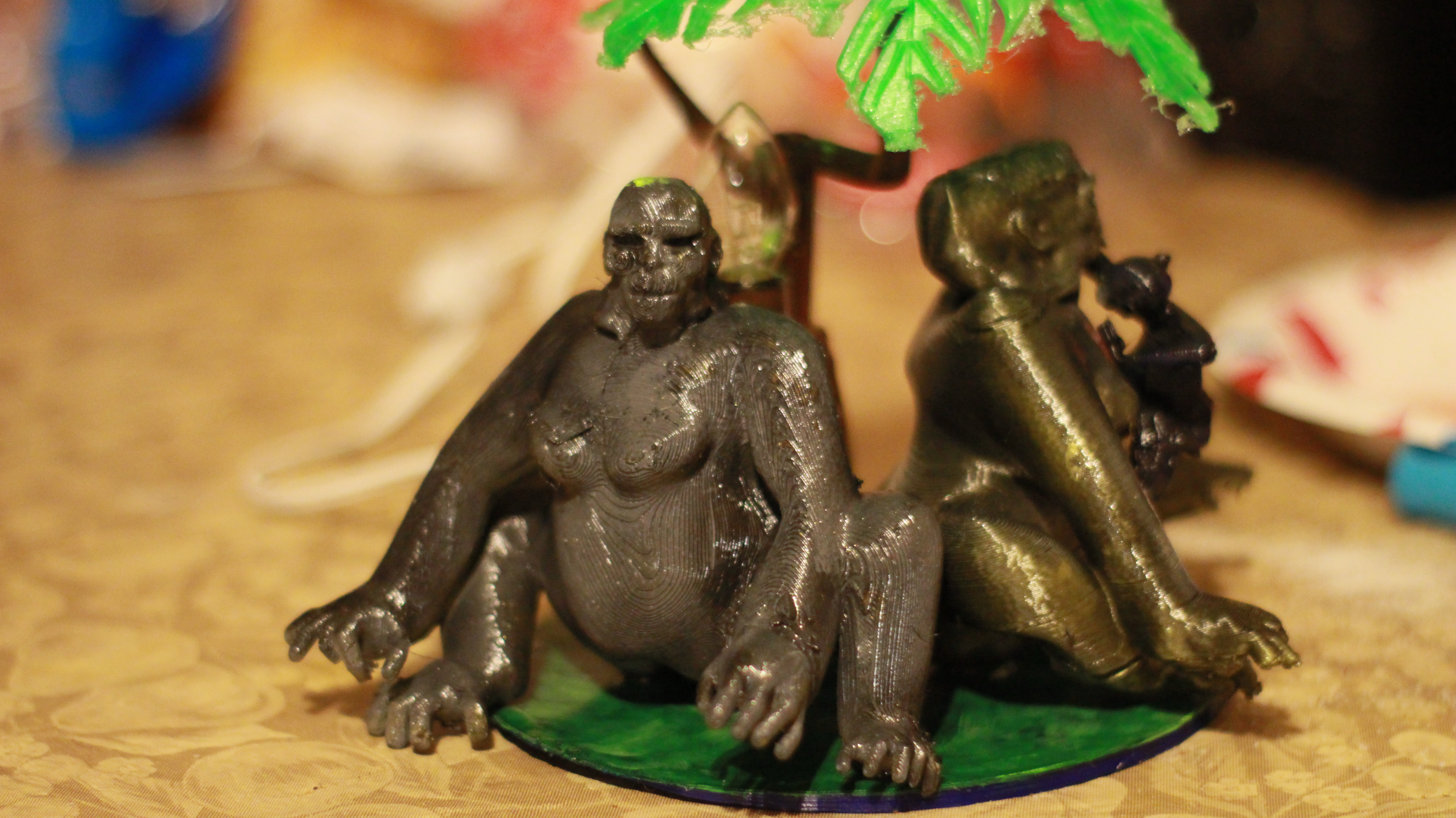 IMG_4066.JPG Download OBJ file Gorilla lamp • 3D printing template, swivaller