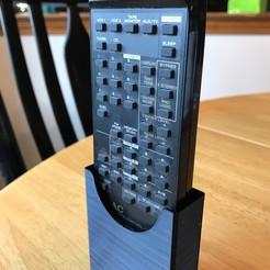 Télécharger STL gratuit Support de télécommande stéréo Pegboard, superbenk
