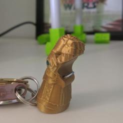 Descargar archivos STL Thanos Infinity bottle opener. Infinity gauntlet keychain, 3D2GO