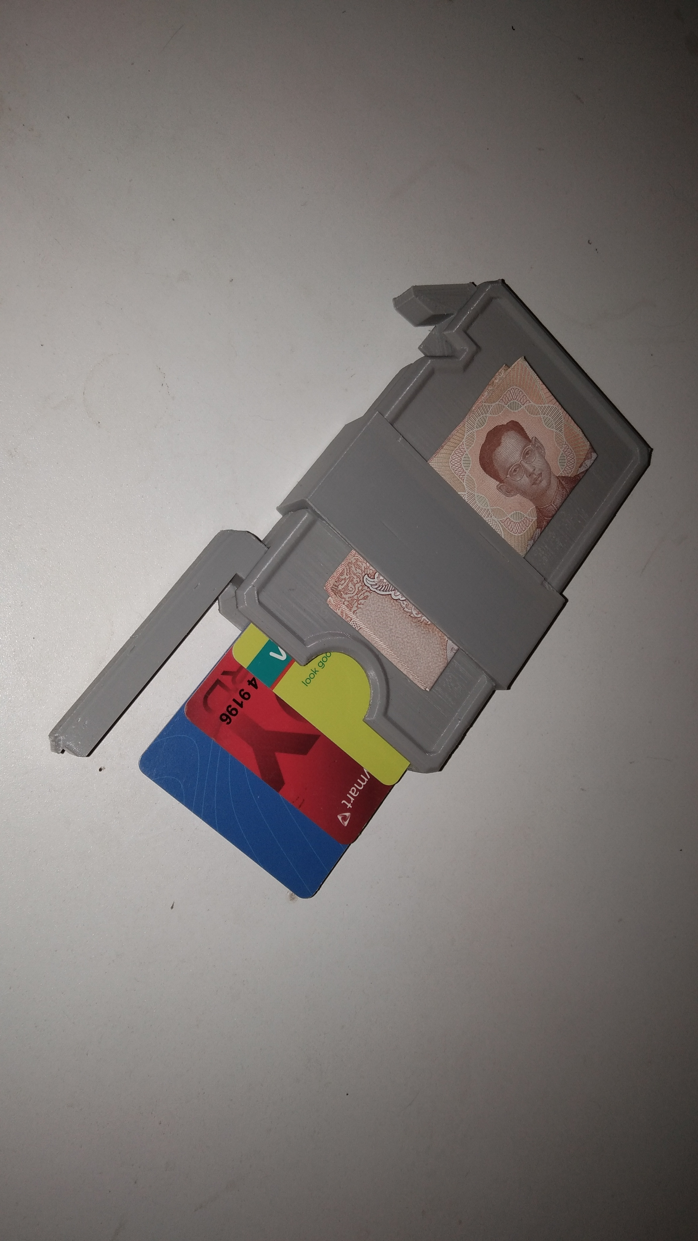 IMG_20210114_153301.jpg Download STL file Slim Wallet with money clip • 3D print template, rikkieBKK