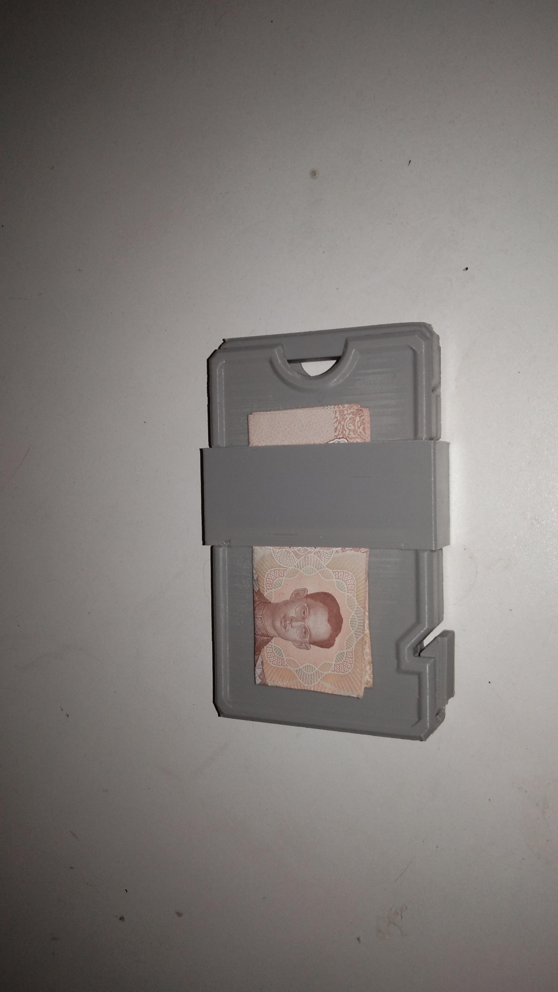 IMG_20210114_153336.jpg Download STL file Slim Wallet with money clip • 3D print template, rikkieBKK