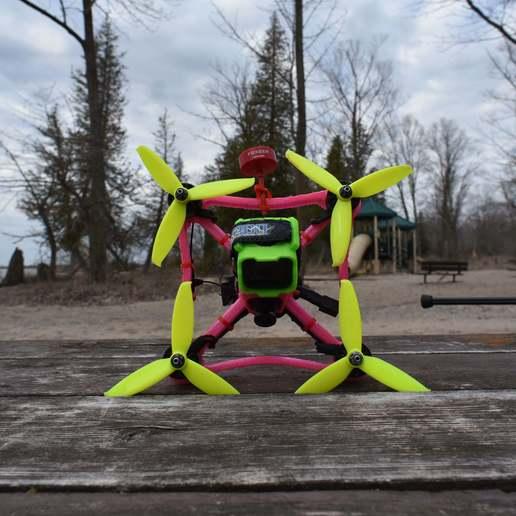 DSC_6752.JPG Télécharger fichier STL gratuit Cadre de drone TPU FPV - Indestructible • Modèle à imprimer en 3D, gvaskovsky