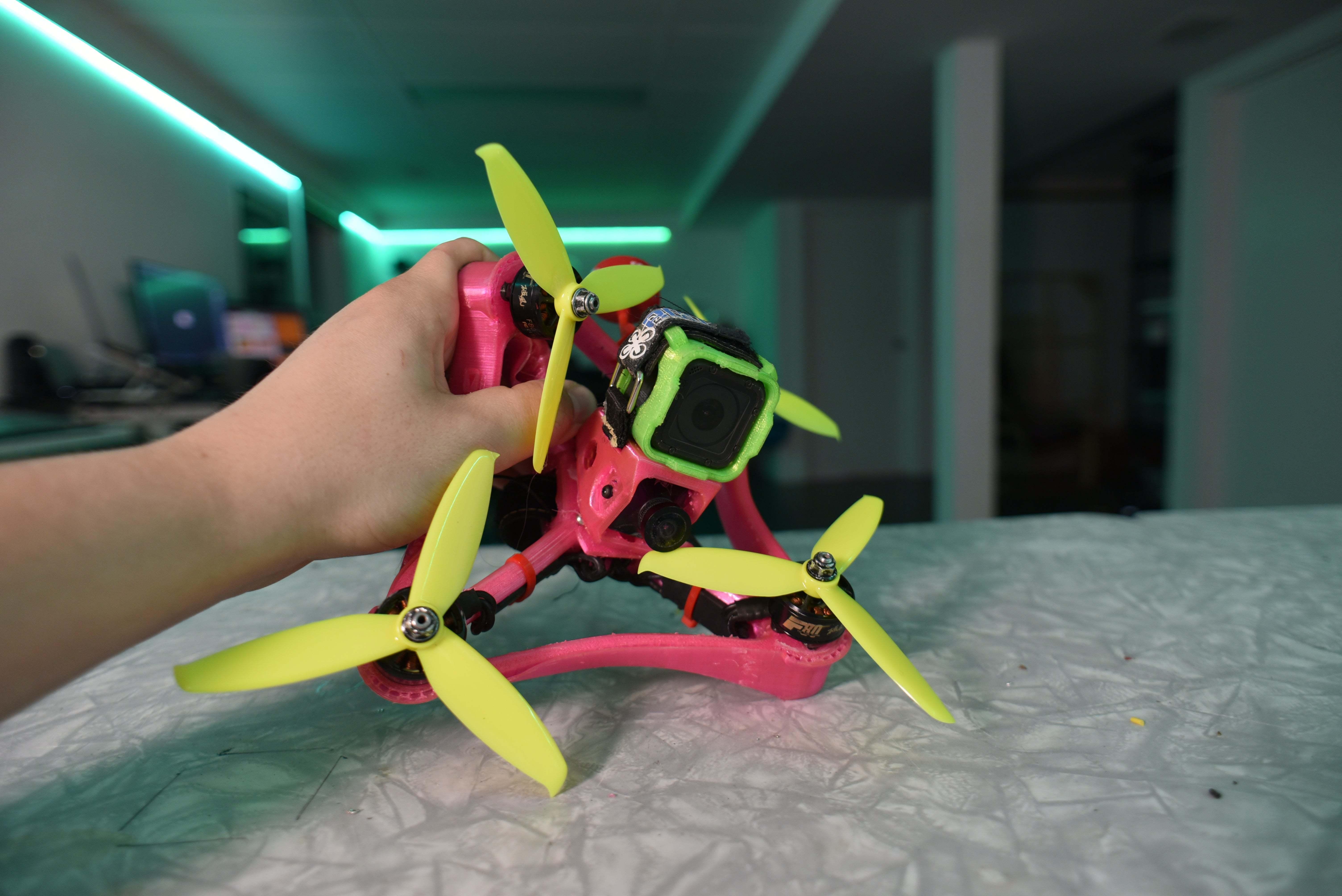 DSC_6775.JPG Télécharger fichier STL gratuit Cadre de drone TPU FPV - Indestructible • Modèle à imprimer en 3D, gvaskovsky