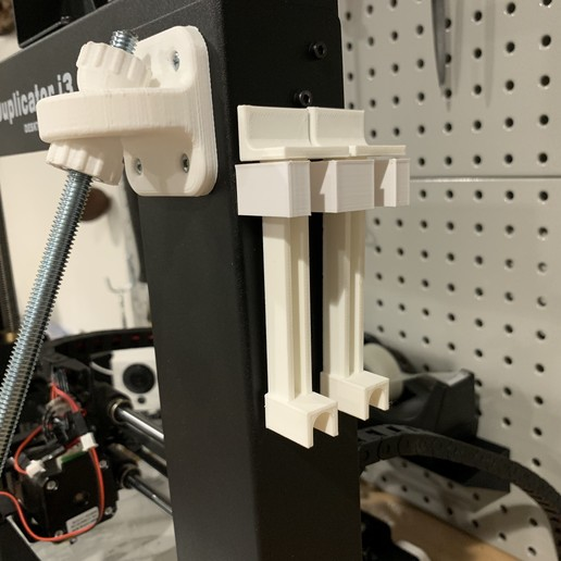 Download free 3D printing designs Holder for Z-axis alignment bars for Wanhao Di3, fuchsr