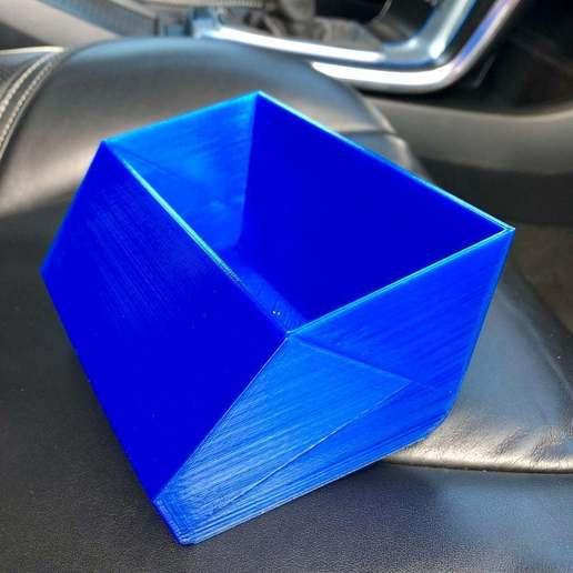 032b2cc936860b03048302d991c3498f_display_large.jpg Télécharger fichier STL gratuit Corbeille à papier Volvo V40 Console • Plan pour impression 3D, stibo