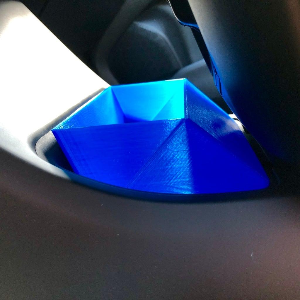 e18399f4b7372357bae935775a01f3c1_display_large.jpg Télécharger fichier STL gratuit Corbeille à papier Volvo V40 Console • Plan pour impression 3D, stibo