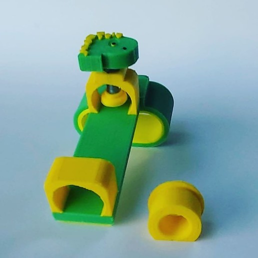 94887832_255310835851101_3010428167874674688_n.jpg Download free STL file Writing tool for children with motor disabilities • 3D printer model, Qv2Printing
