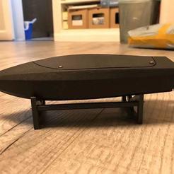 Descargar STL gratis Portabotes para Mini Jetboat, aray
