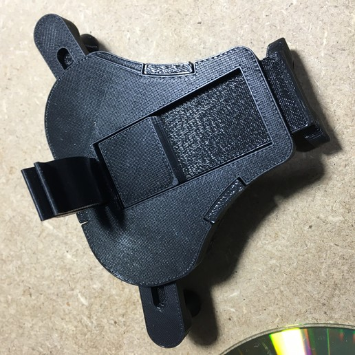 60CCB85C-DDA1-4A7D-977E-9F00D49D4505.jpeg Download free STL file Car Vent Gravity Phone Holder • 3D printable template, jurekkb