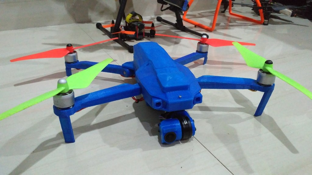 IMG_20170114_223242.jpg Download free STL file Foldable drone frame (wider body, higher ground clearence,bottom access plate) Remix • Model to 3D print, mwilmars