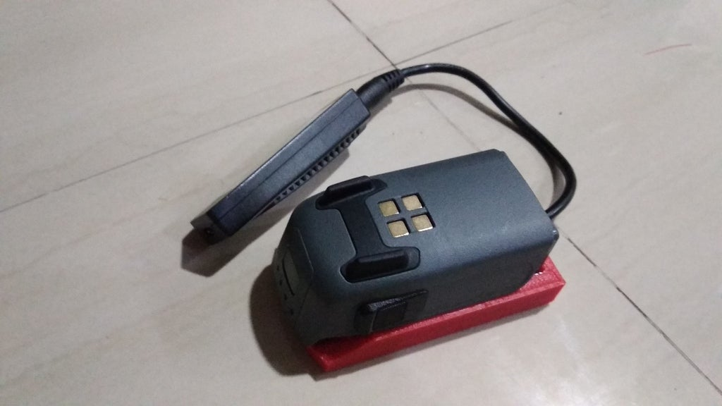 IMG_20180721_212807.jpg Download free STL file DJI Spark Battery cradle for Universal USB Charger Converter • 3D print model, mwilmars