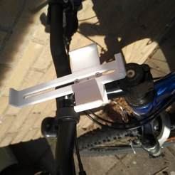 IMG_20190811_092132.jpg Download free STL file adjustable phone mount for mountainbike Mi A1 • 3D printing object, Alwyn