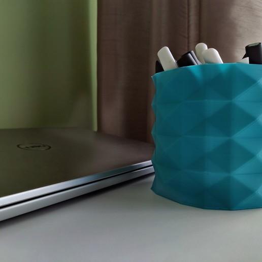 Download free 3D printer designs Vase, DenStasis